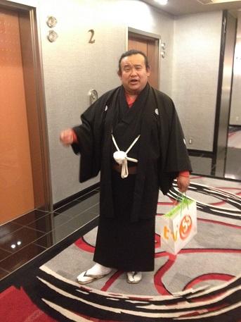土曜日から大阪へイメージ2